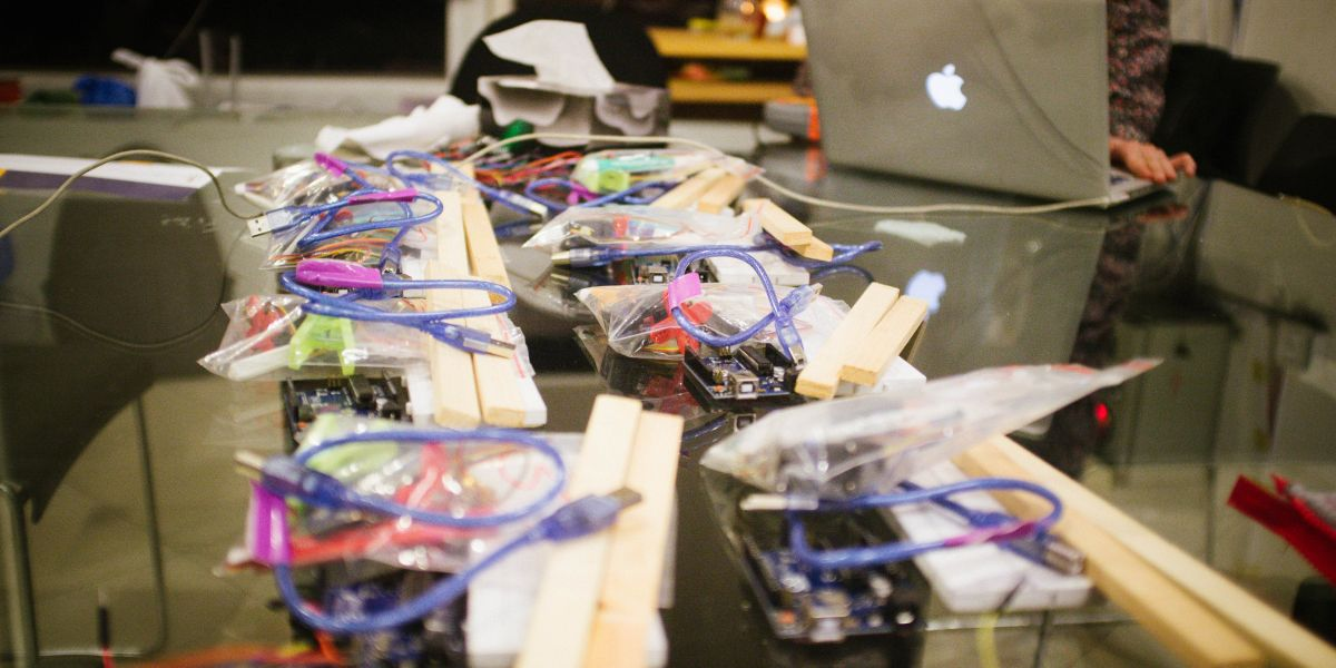 Arduino Board Tutorial for Hackerspace Beginners